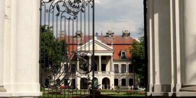 Zamoyski_palace_Kozlowka