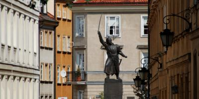 Statue of Kilinski in Warsaw